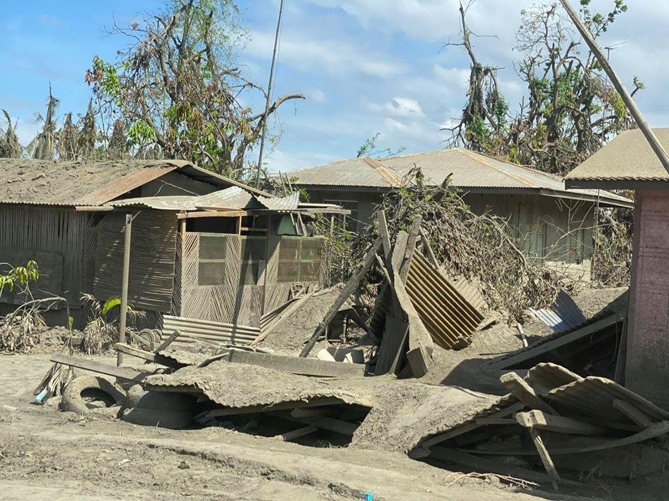Filippine Eruzione Vulcano Taal